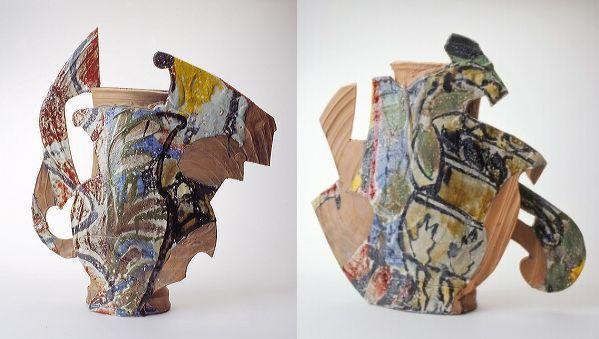 Betty Woodman, Klassieke diptiek / Classic Diptych, 1992, gedecoreerde, geassembleerde keramiek, 69 x 58 x 16,5 cm, 60 x 62 x 18 cm, Stedelijk Museum, Amsterdam.