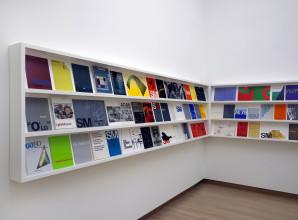 Zaalopname/Gallery shot, Wim Crouwel: Mr. Gridnik, Stedelijk Museum Amsterdam. Foto/Photo: Gert Jan van Rooij