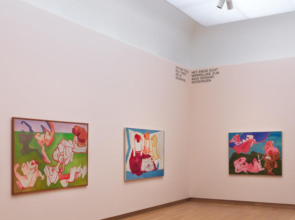 Zaalopname 'Maria Lassnig – Ways of Being', 2019, Stedelijk Museum Amsterdam.  Foto: Gert Jan van Rooij