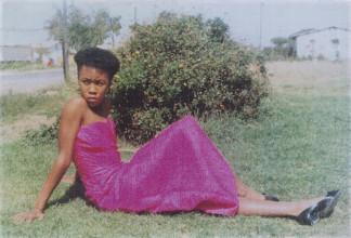 Aubuti Tau, Portret van Patricia Tlhone in Thabong, 1988