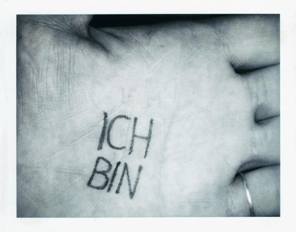 Ulay, 'Ich Bin Ich'. Met dank aan ULAY Foundation.