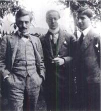 Van links naar rechts: Leó Popper, de verloofde van Beatrice de Waard, Karl Polanyi en zijn broer Michael Polanyi.