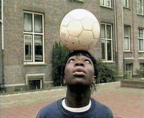 Still uit 'Voetbal', Marijke van Warmerdam (1995)