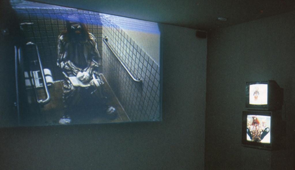 'Clown Torture' (1987) in the exhibition 'Energieën', Stedelijk Museum (1990).
