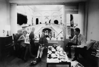 """Immo Jalass, fotocollage voor voorstel tentoonstelling """"Op losse schroeven"""", datum onbekend. Collectie Stedelijk Museum Amsterdam"""