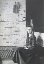 Louwrien Wijers sitting, 1971. Collection Louwrien Wijers