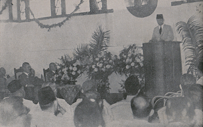 Sukarno speech during an inauguration ceremony, together with Japanese officials, at the Gedung Poetra.  Source: Panji Poestaka No. 15, 29 April 1943, Year XXI