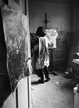 Jacqueline de Jong in her studio at 97 rue de Charonne, Paris. Archive Jacqueline de Jong.
