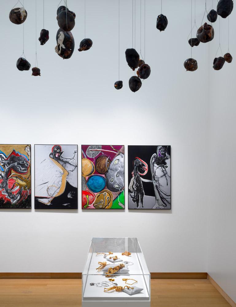 Zaalopname 'Pinball Wizard: The Work and Life of Jacqueline de Jong', 2019, Stedelijk Museum Amsterdam. Foto: Gert Jan van Rooij.