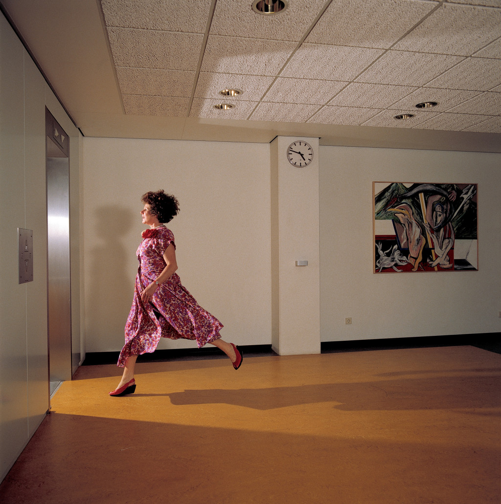 Jacqueline de Jong in Amsterdam City Hall, 1989. Photo: Rineke Dijkstra.