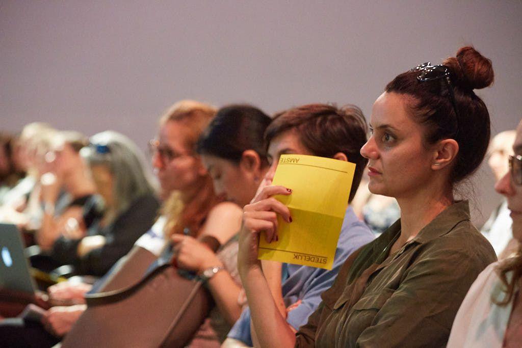 Audience of lecture Sarat Maharaj in Stedelijk Museum Amsterdam, May 30, 2018. Photo: Ernst van Deursen.