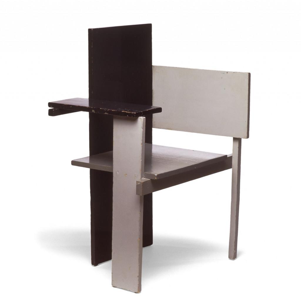 Fig. 6. Gerrit Rietveld, 'Berlijnse stoel', Stedelijk Museum Amsterdam, KNA 1271, c/o Pictoright Amsterdam/Stedelijk Museum Amsterdam