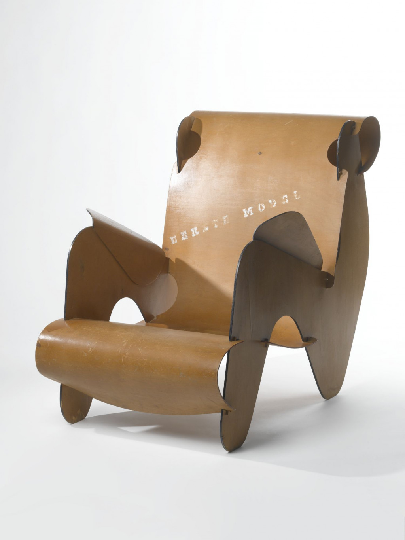 Fig. 9. Gerrit Rietveld, 'Eerste Model', Stedelijk Museum Amsterdam, KNA 1265, c/o Pictoright Amsterdam/Stedelijk Museum Amsterdam