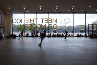 "Figure 2. Alex Baczynski-Jenkins, ""Us Swerve"" (2014). Performance view, Stedelijk Museum, Amsterdam, 2019. Originally commissioned and produced by Basel Liste. Co-produced in Amsterdam by Julidans & Stedelijk Museum. Photo: Maarten Nauw."