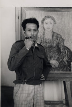 Ill.3 Netherlands Indies Government Information Service (NIGIS), Otto Djaya next to his painting on Java, c. 1946/47, Universitaire Bibliotheken Leiden, Leiden