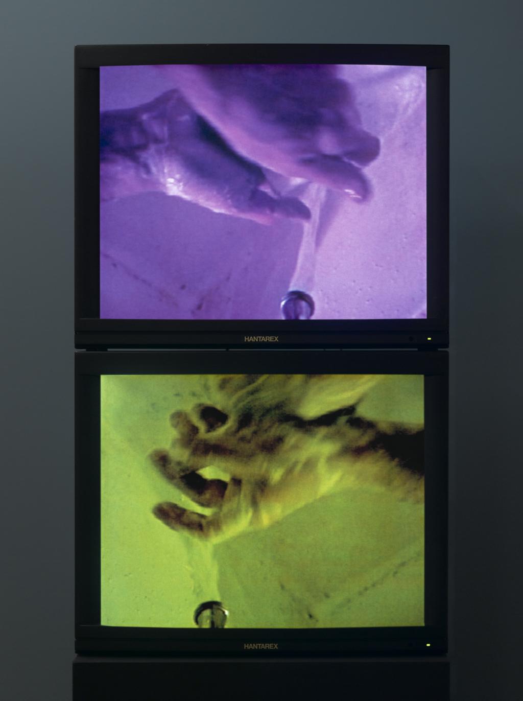 Bruce Nauman, 'Washing Hands Abnormal', 1996. Collectie Stedelijk Museum Amsterdam.