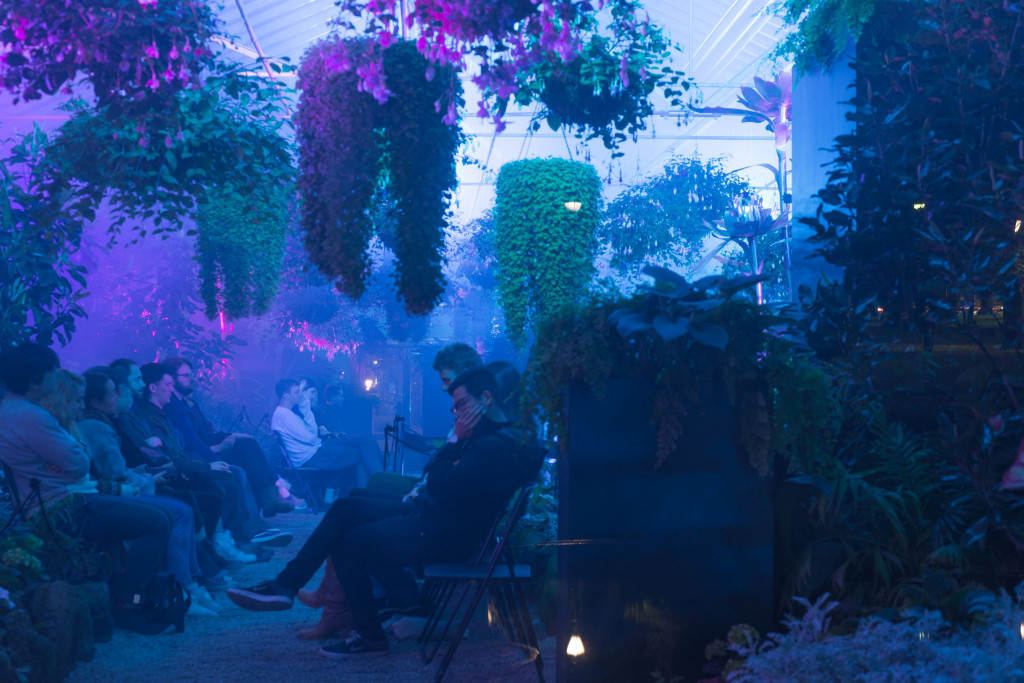 """Hydrangea by Holly Childs and J. G. Biberkopf performed at Fitzroy Conservatory Gardens, Melbourne, Australia, for Liquid Architecture's """"Why Listen to Plants"""" series, November 2018. Foto: Keelan O'Hehir."""
