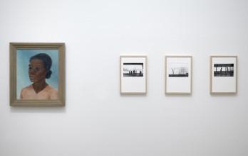 Nola Hatterman en Kors van Bennekom, zaalopname ''Ik ben een geboren buitenlander'', 2017, Stedelijk Museum Amsterdam. Foto: Gert Jan van Rooij