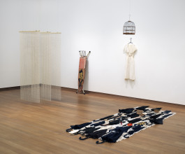 Remy Jungerman, zaalopname ''Ik ben een geboren buitenlander'', 2017, Stedelijk Museum Amsterdam. Foto: Gert Jan van Rooij
