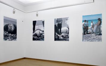Barbara Visser, zaalopname ''Ik ben een geboren buitenlander'', 2017, Stedelijk Museum Amsterdam. Foto: Gert Jan van Rooij