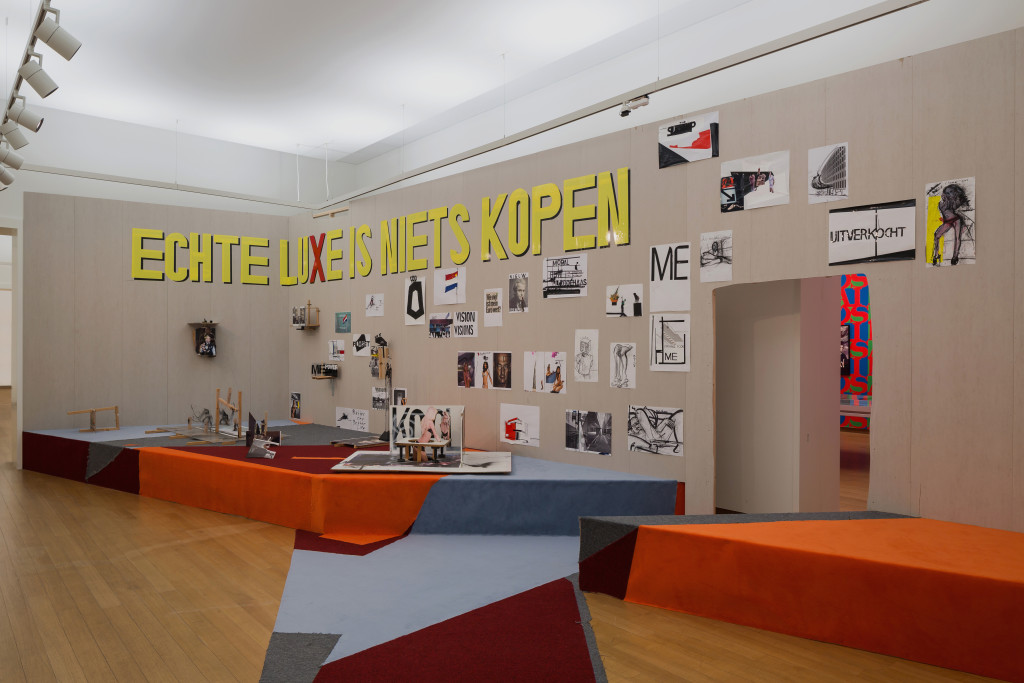 Erik van Lieshout, True Luxury is not to Shop (Echte luxe is niets kopen), 2015, mixed media, collection Stedelijk Museum Amsterdam. Gift of Erik van Lieshout, Rotterdam, 2016. Photo: Peter Tijhuis.