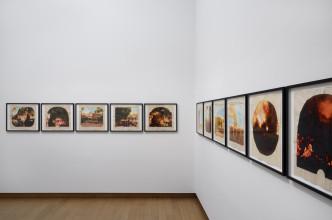 Tracey Moffatt, Plantation, Zaalopname Forever Young?, 2018, Stedelijk Museum Amsterdam. Foto: Gert Jan van Rooij