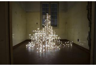 Studio Drift, Flylight, Arsenale Venice (2014). Courtesy of Carpenters Workshop Gallery