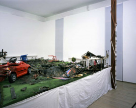 Thomas Hirschhorn, Neighbours, 2002, mixed media, collection Stedelijk Museum Amsterdam.
