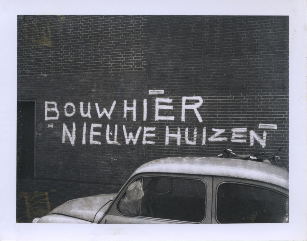 Amsterdam Graffiti, 1970–1973, Polaroid type 107, 8.5 x 10.8 cm. Courtesy ULAY Foundation