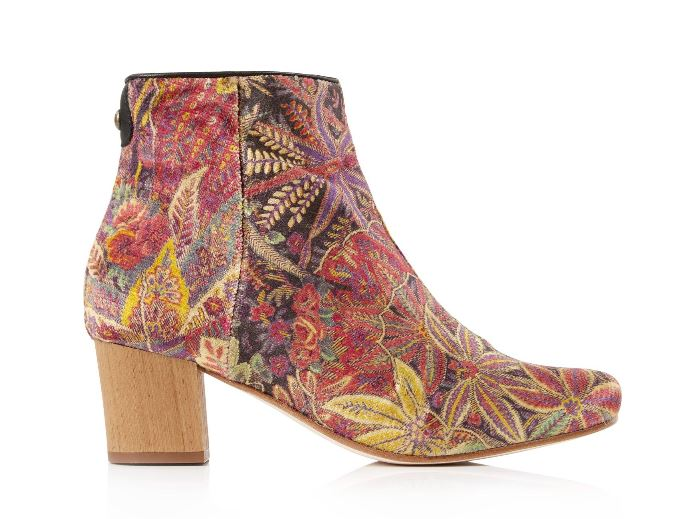 tapestry boot