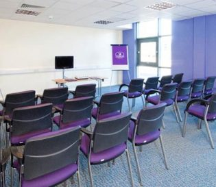 Health and Safety training course venue and room in Crawley. Chairs and flipcharts