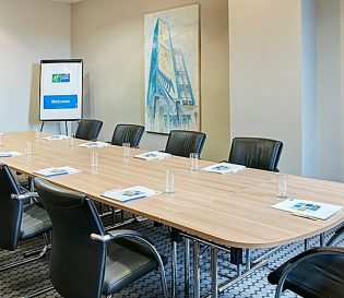 Holiday Inn Belfast meeting room for IOSH training courses