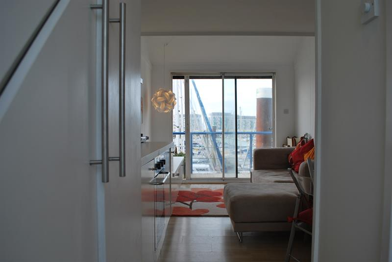 Sold 1 Bedroom Studio For Sale In Eastern Concourse Brighton Marina Brighton