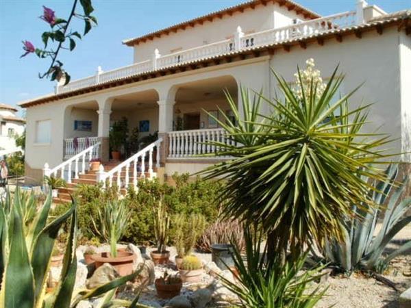 4 Bedroom Villa For Sale Campos Del Rio Murcia