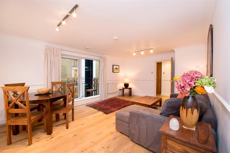 2 bedroom Flat For Sale in Globe View 10 High Timber Street, London