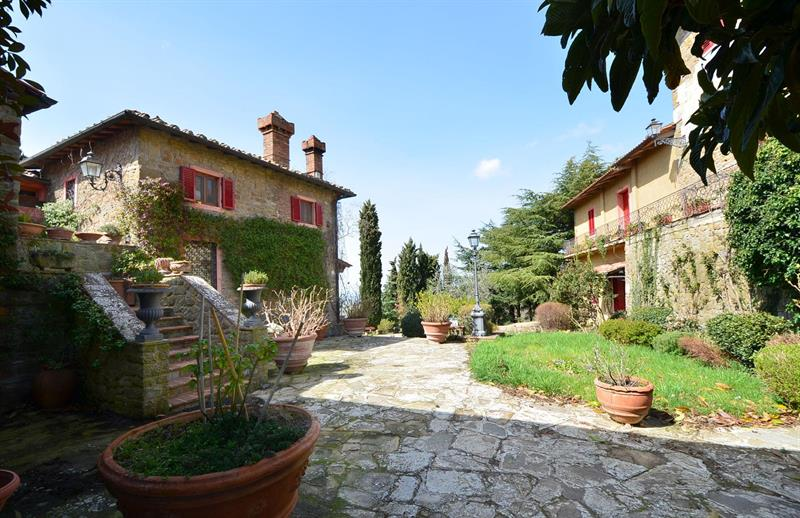 Reference: 36760_BattleWInery, 6 bedroom Country House For Sale: Panzano