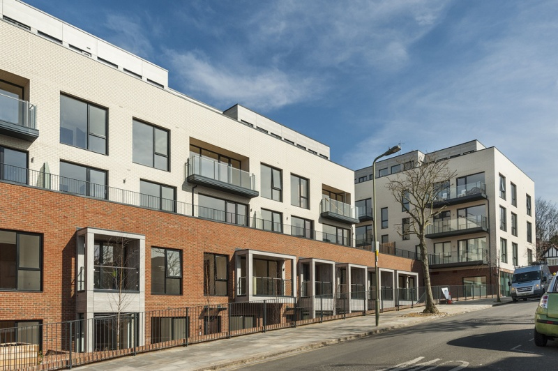 3 FAIRMONT MEWS, FINCHLEY ROAD, GOLDERS GREEN, London, NW2