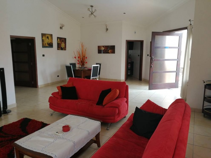 Airport 3 Bed Furnished Apt,