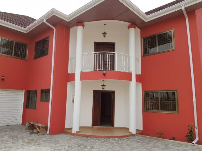Dzorwulu 5 Bedroom House/boys Quarters,