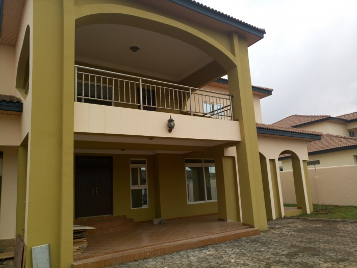 4 Bed House,  East Airport,  Accra