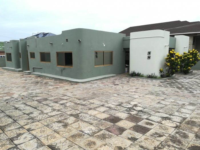 West Land 4 Bedroom House /residence/office,