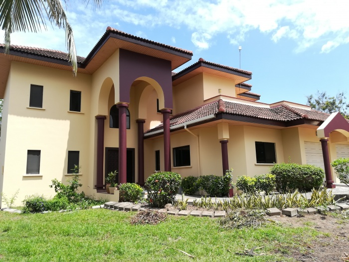 5 Bed House ,  Trassaco  ,  Accra