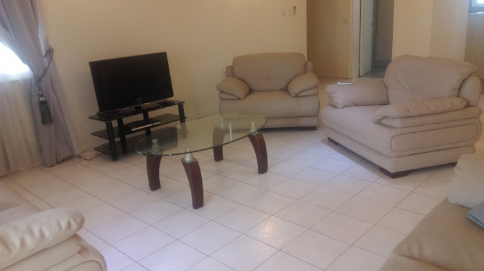 Airport 3 Bedroom Apartment,