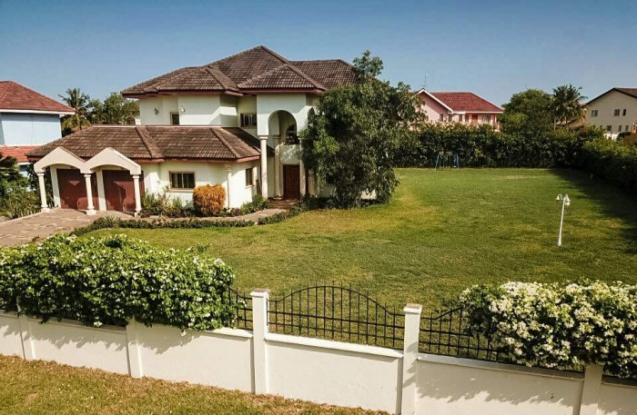 5 Bed House,  Trassaco,