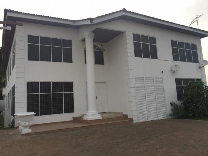 8 Bed House,  Tema,  Ghana