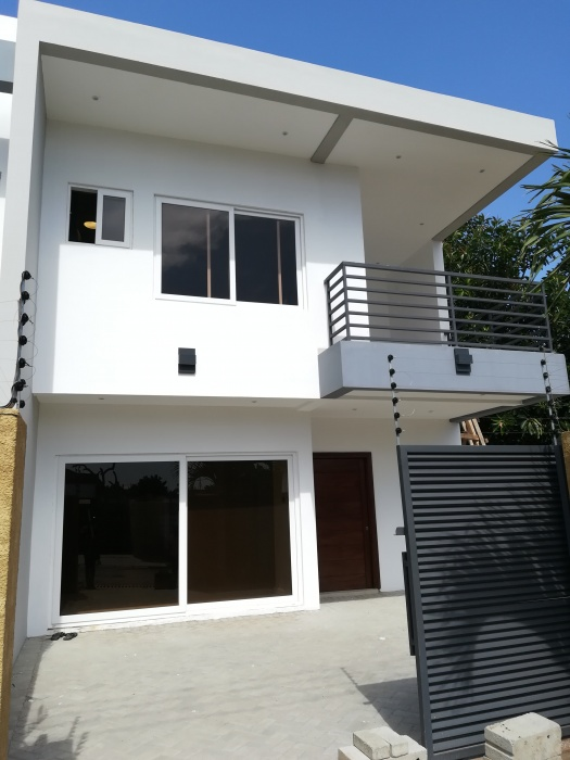 3 Bed House,  Abelemkpe,