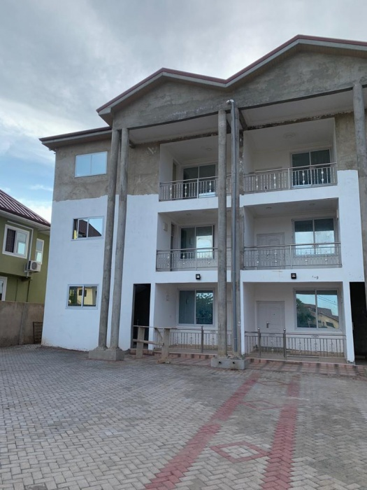 3 Bed Apartment,  Community 18,