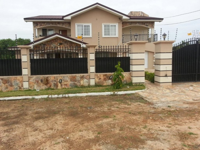 5 Bed House,  Tema,