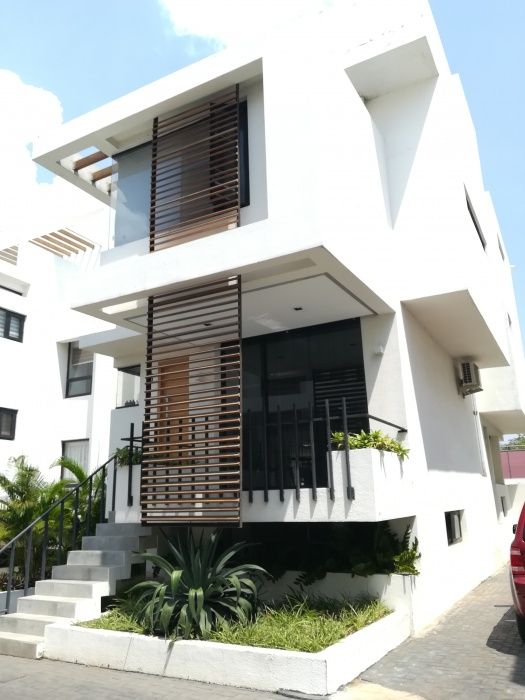 6 Bed House,  Cantonments ,