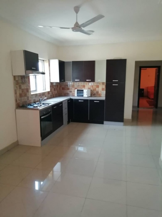 3 Bed Apartment,  East Airport,